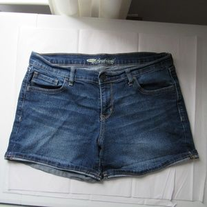 Old Navy the boyfriend jean shorts 12